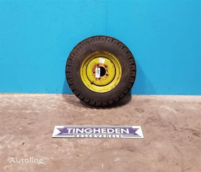 Goodyear 10.0/75-15 rueda