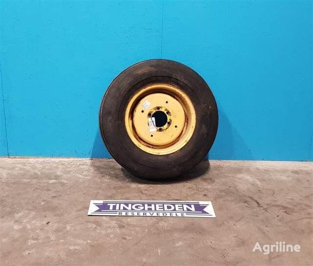 Goodyear 13.0/65-18 rueda