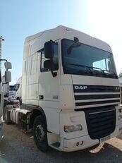DAF XF 105 460 tractora