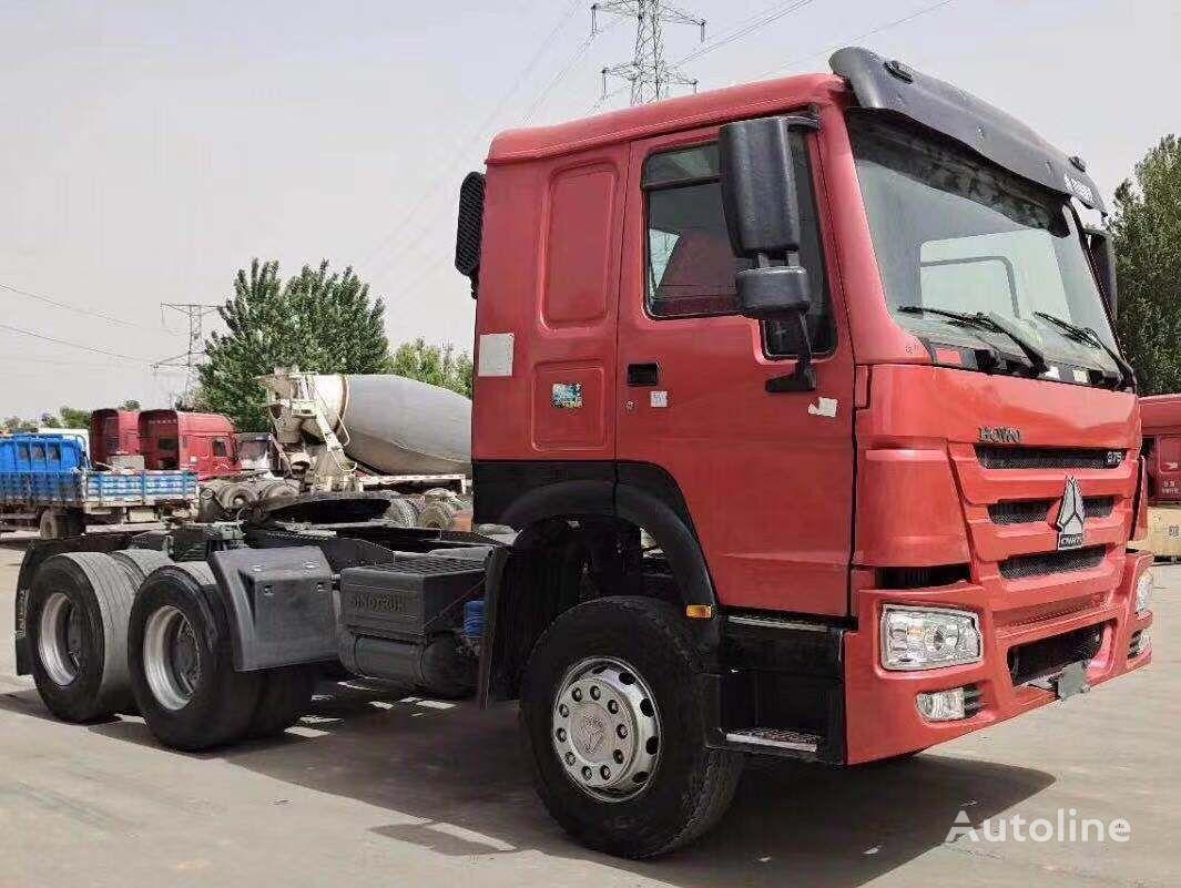 HOWO 6*4 371 375hp tractora