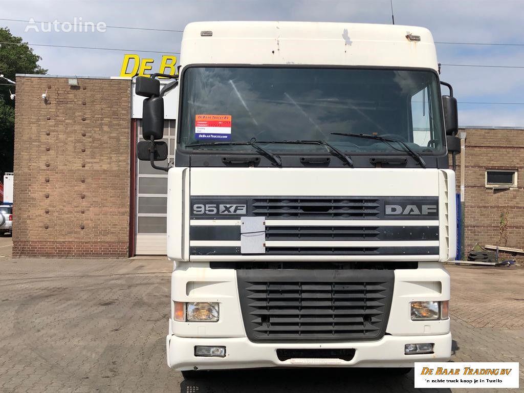 DAF 95 XF EURO 3 430 HP tractora
