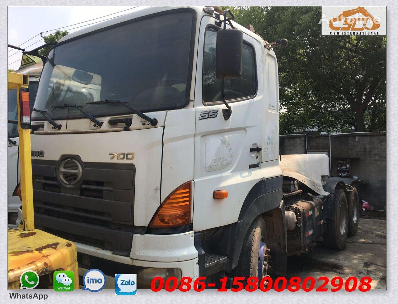 HINO 700 tractora