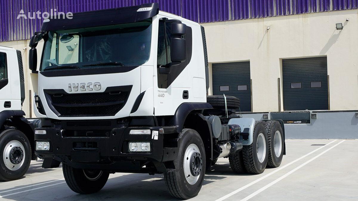 IVECO Trakker Head 6×4 tractora nueva