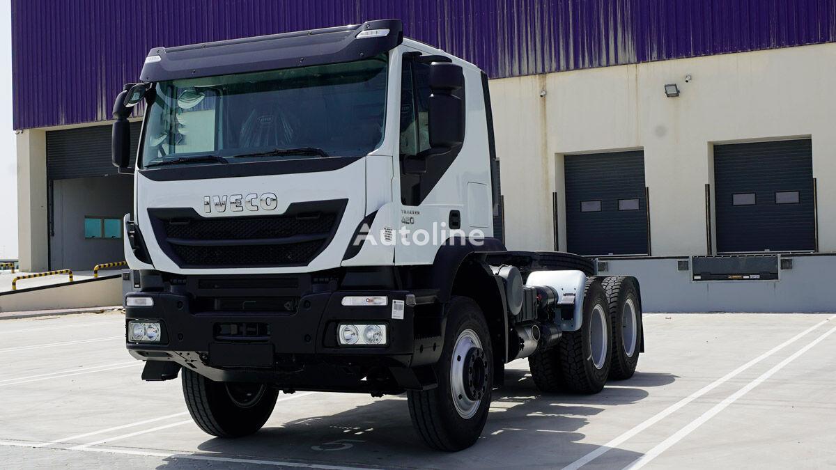 IVECO Trakker Head 6×4, GCW 130 Ton HP 420, Sleeper Cabin w/ Hub Reduc tractora nueva