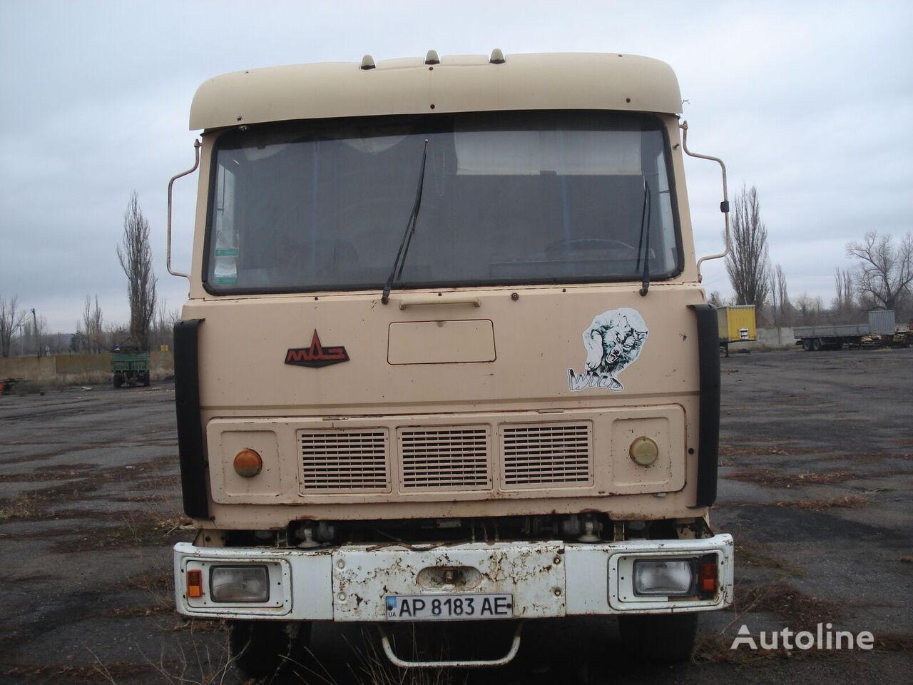 MAZ 54323 tractora + semirremolque volquete