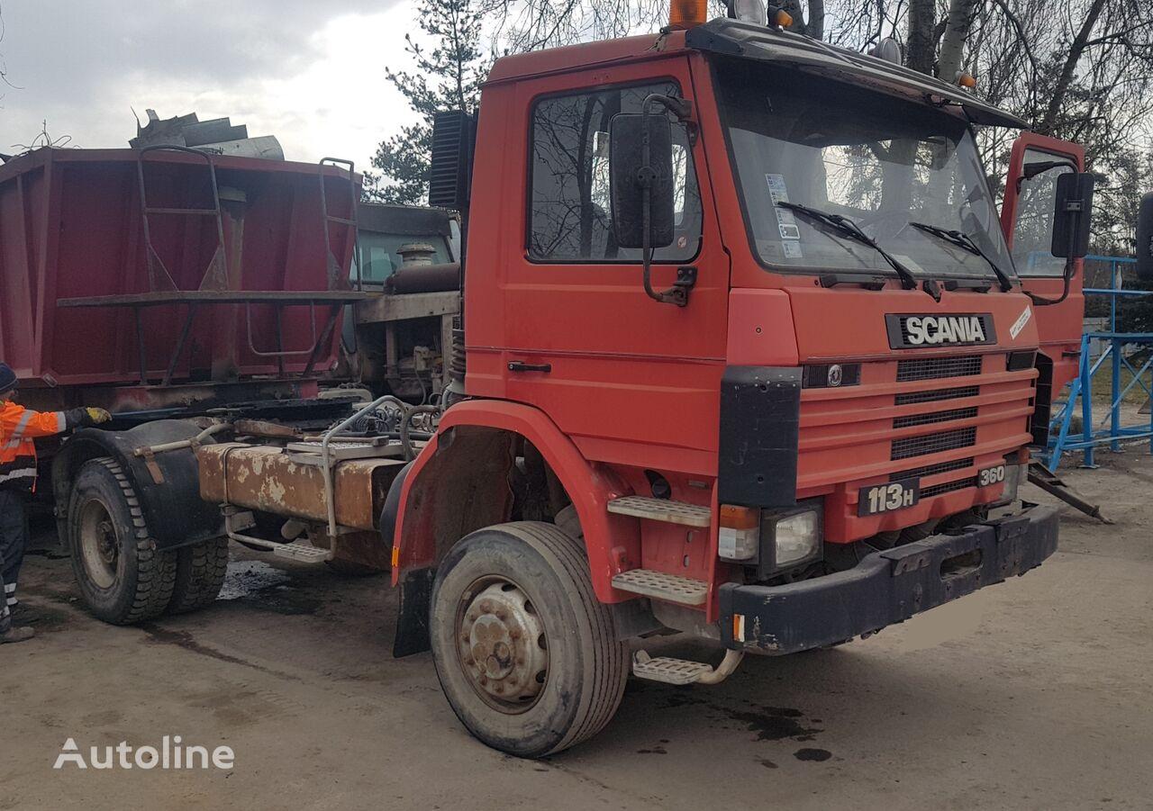 SCANIA 113 H 360 4x4 (POMPE MANUELLE / SUSP. LAMES) tractora