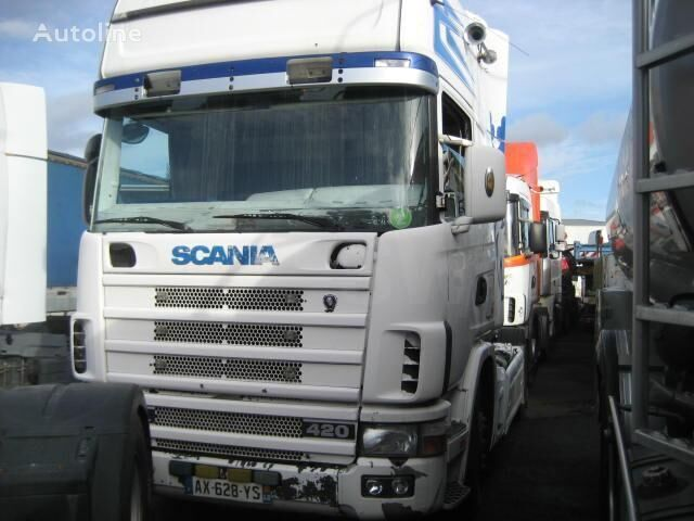 SCANIA L 124L420 tractora