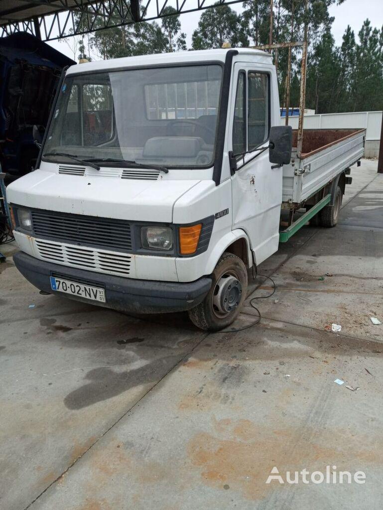MERCEDES-BENZ 410d camión caja abierta < 3.5t